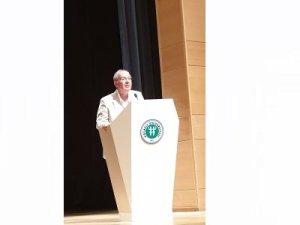 Mezuniyet Töreninde, M.Halim Karabekir de bir konuşma yaptı.